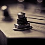 關於弦的張力